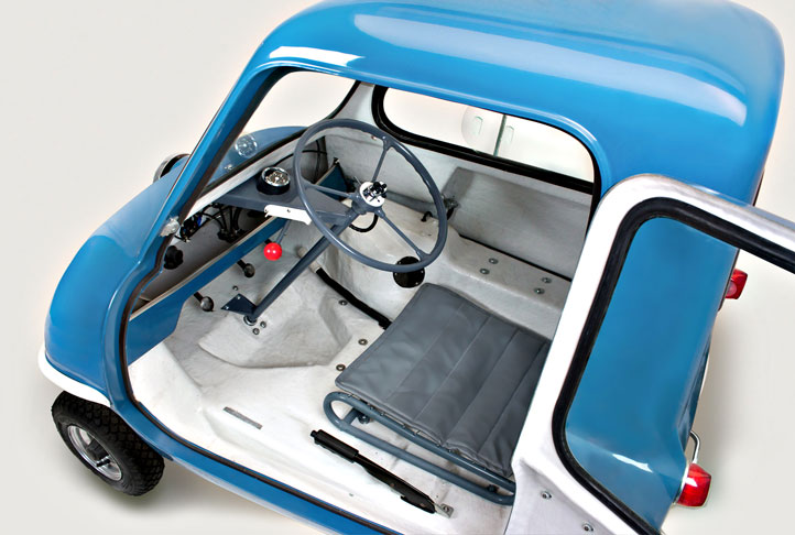 P50 CARS Replica Based on the 1960s Original Microcar made in Isle of Man by Cyrill Cannell Interior